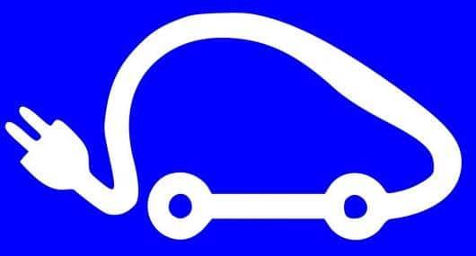 Avez-vous déjà pensez à apprendre à conduire sur une voiture électrique ?